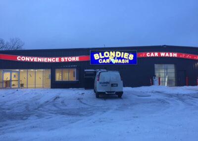 Blondies Car Wash